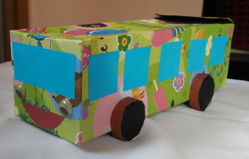 The Bus Present Wrapping